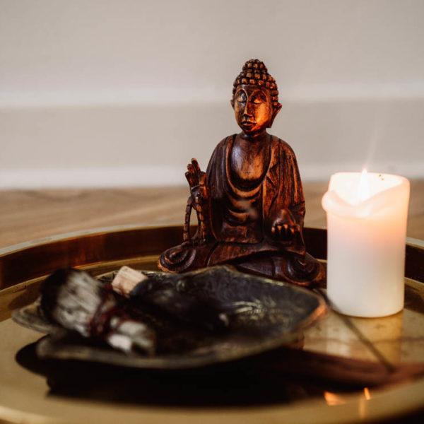 buddha licht räuchern